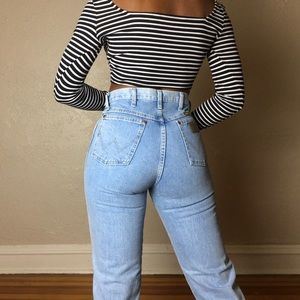 High rise vintage wrangler jeans